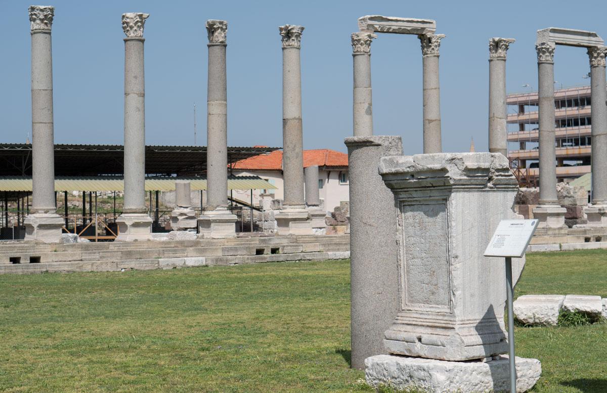 10-Dinge-die-man-unbedingt-in-Izmir-machen-muss-city-of-dmyrna