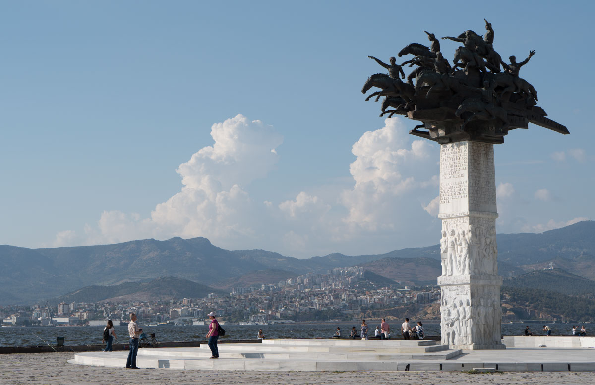 10-Dinge-die-man-unbedingt-in-Izmir-machen-muss-sehenswürdigkeit