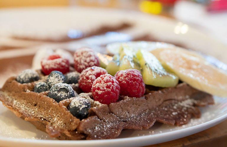 15 süße Minuten – Wiener Eiskrapfen und vegane Schoko-Waffel
