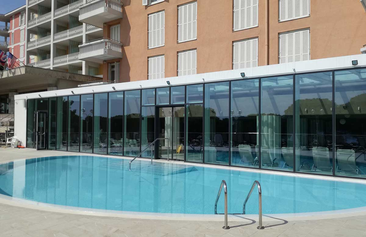 LIFECLASS-Portoroz-Hotel-Slovenia-outdoor-pool