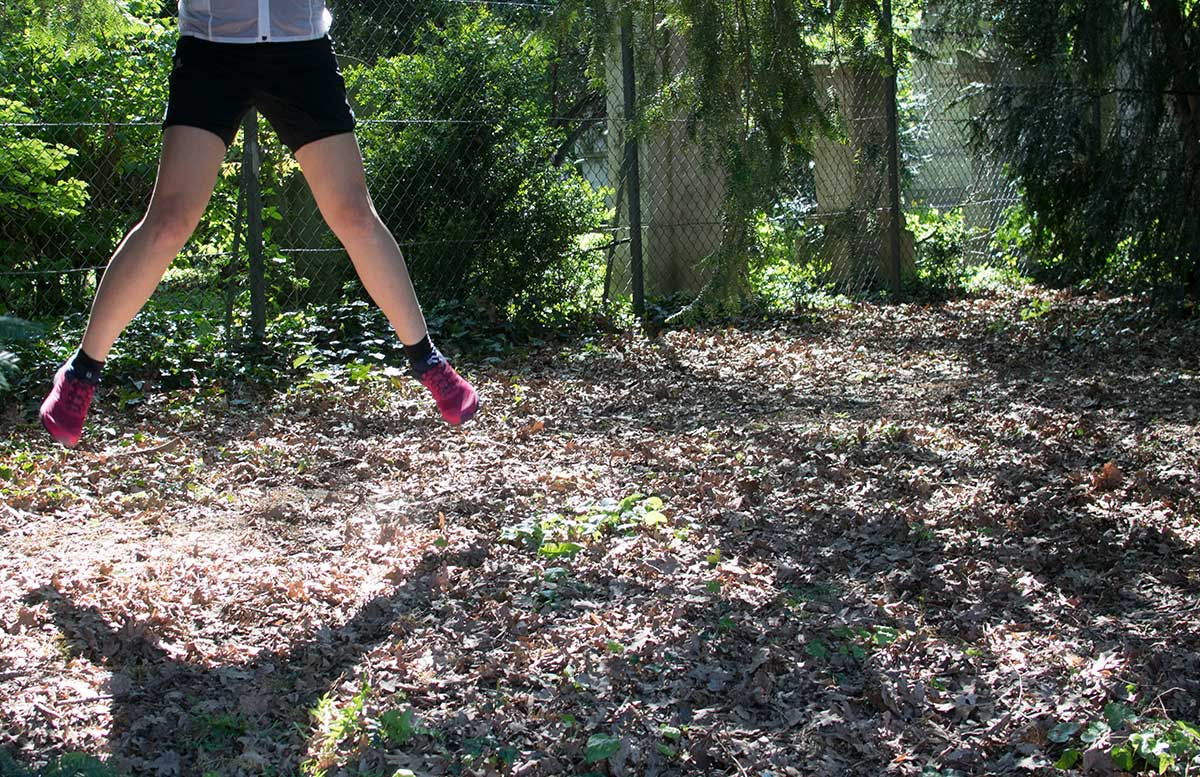Salomon-Trail-Running-Workshop-hüpfen-im-wald