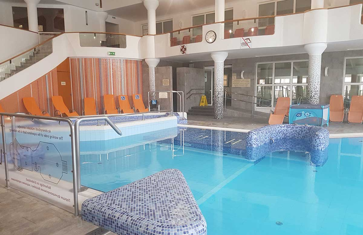 Hotel-Europa-fit-in-Heviz-schwimmbad-indoor