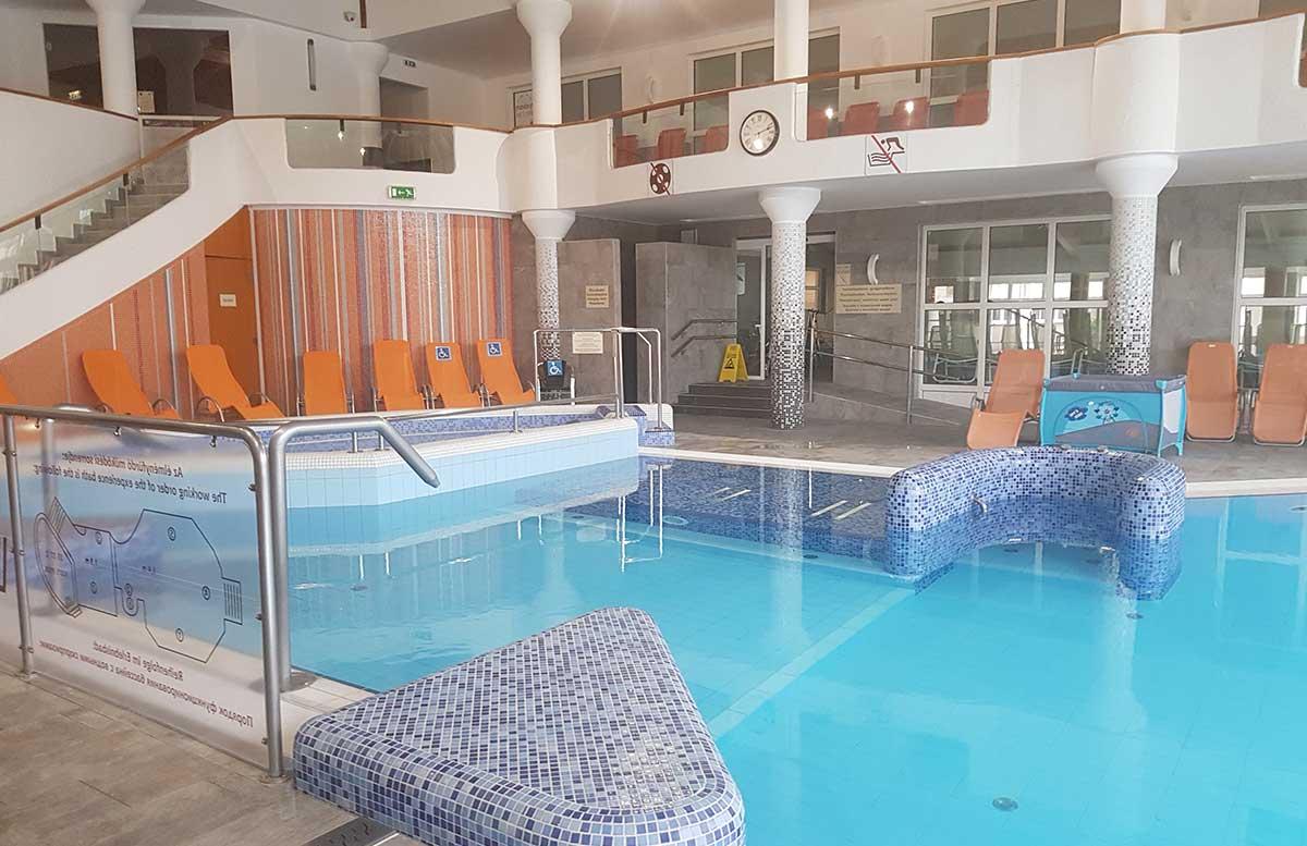 Hotel-Europa-fit-in-Heviz-schwimmbad-indoor