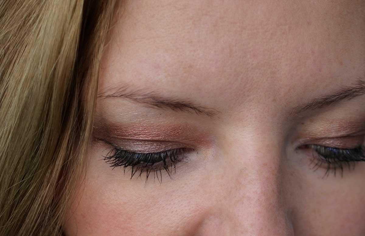 Urban-Decay-Naked-Heat-Eyeshadow-Palette-look-2