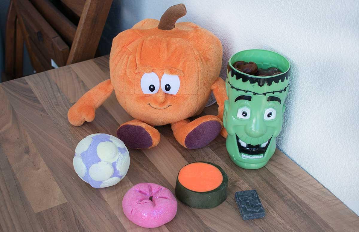 Happy-Halloween-mit-lush-produkte-zur-auswahl