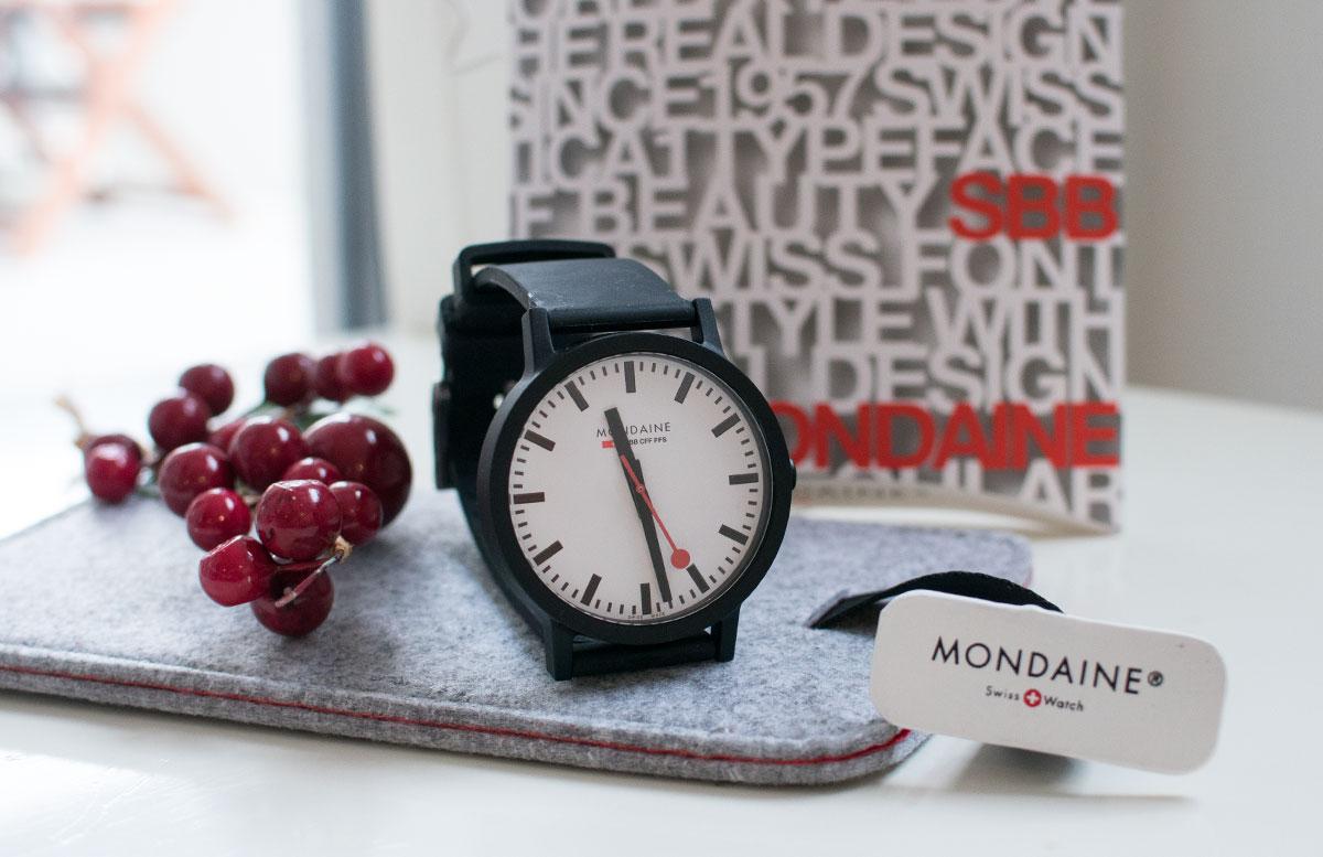 Mondaine-SBB-essence-Uhr-aus-Rizinusöl-und-Naturkautschuk-mit-hülle-und-box-uhr