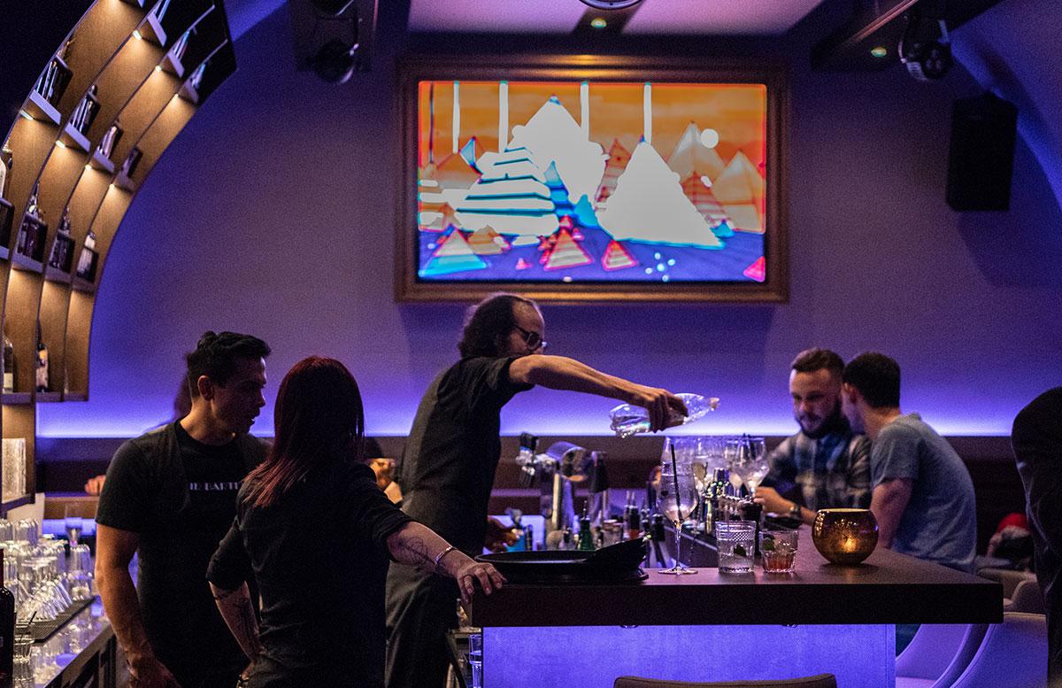 Cocktailbar-MEINZ-im-Bermudadreieck-Wien-bar