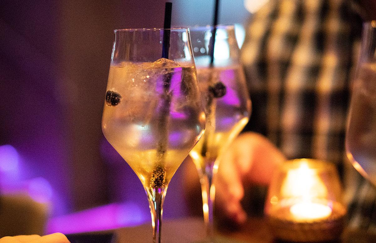 Cocktailbar-MEINZ-im-Bermudadreieck-Wien
