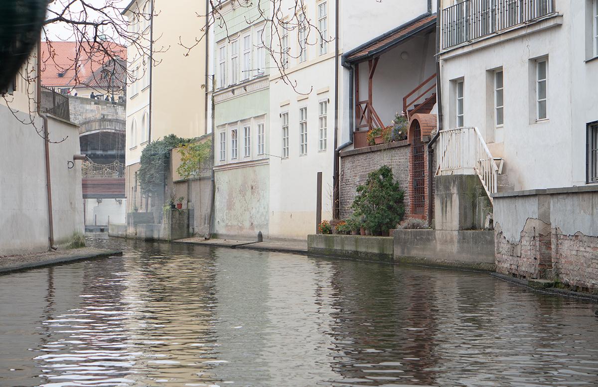 10 Ausflugstipps für Prag mit Kindern schifffahrt kanal