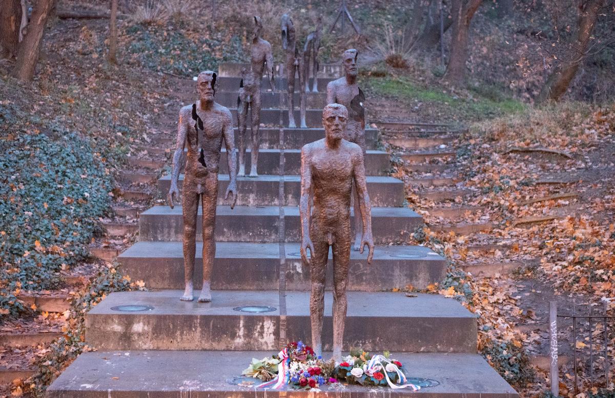 10 Ausflugstipps für Prag mit Kindern kriegsdenkmal