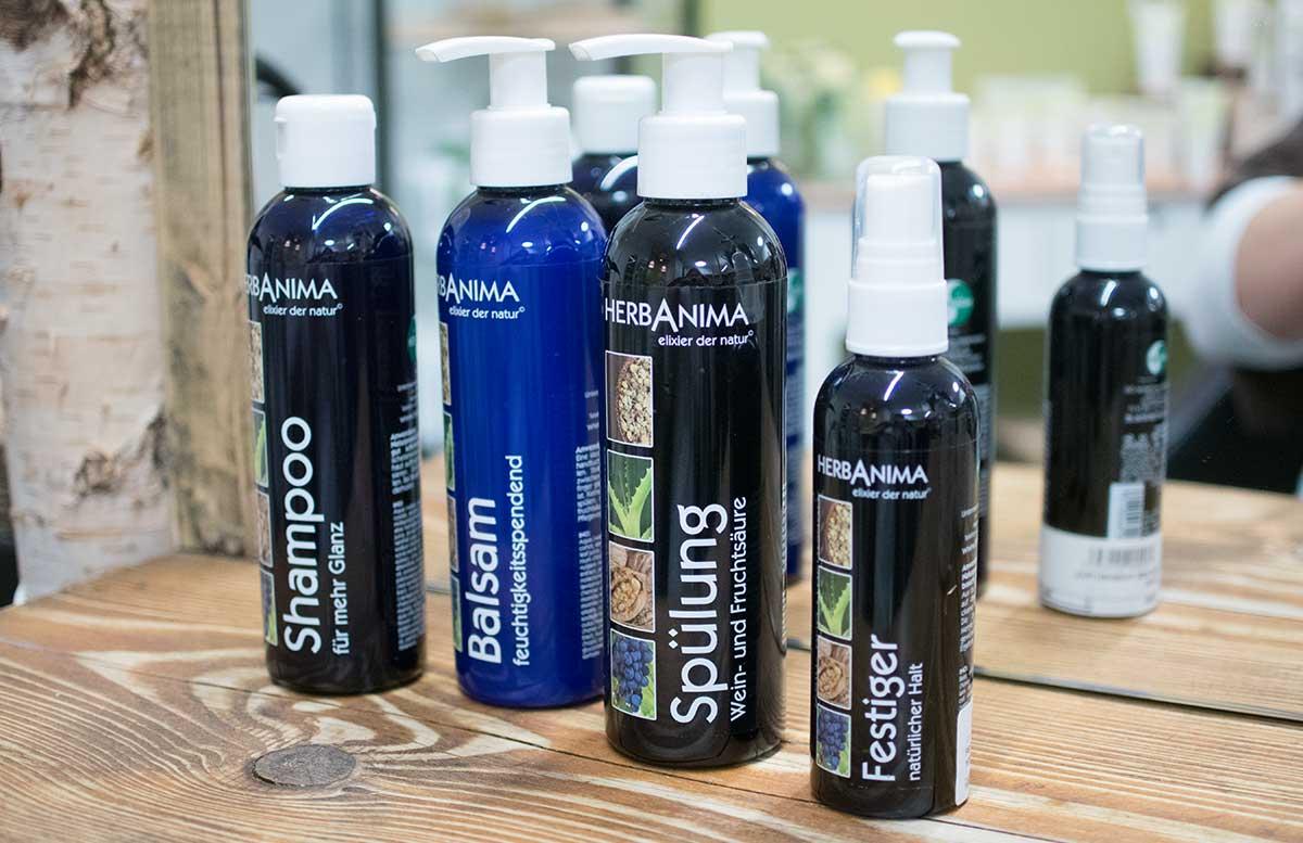 aroma-salon-haare-faerben-mit-henna-herbanima