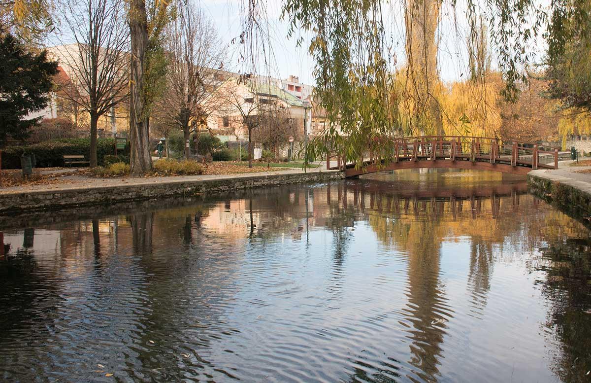 Ausflüge-nach-Keszthely-ins-Schlossmuseum-und-Badacsony-See-Malomto