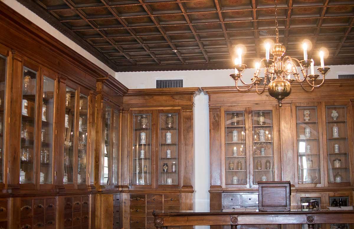 Ausflug nach Koper und Besuch des Hotel Bernardin alte apotheke