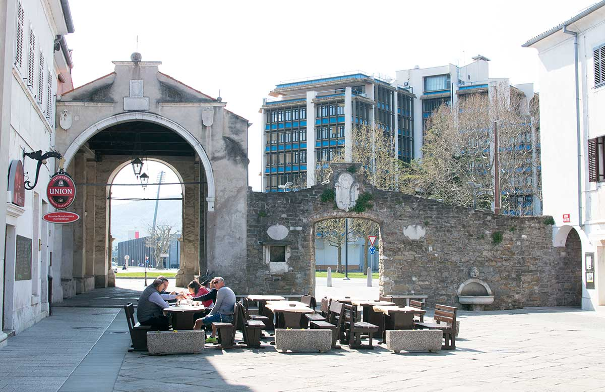 Ausflug nach Koper und Besuch des Hotel Bernardin zentralstadttor