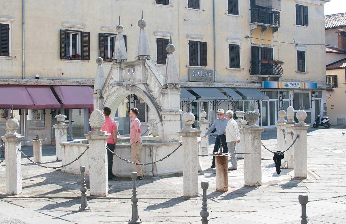 Ausflug nach Koper und Besuch des Hotel Bernardin brunnen