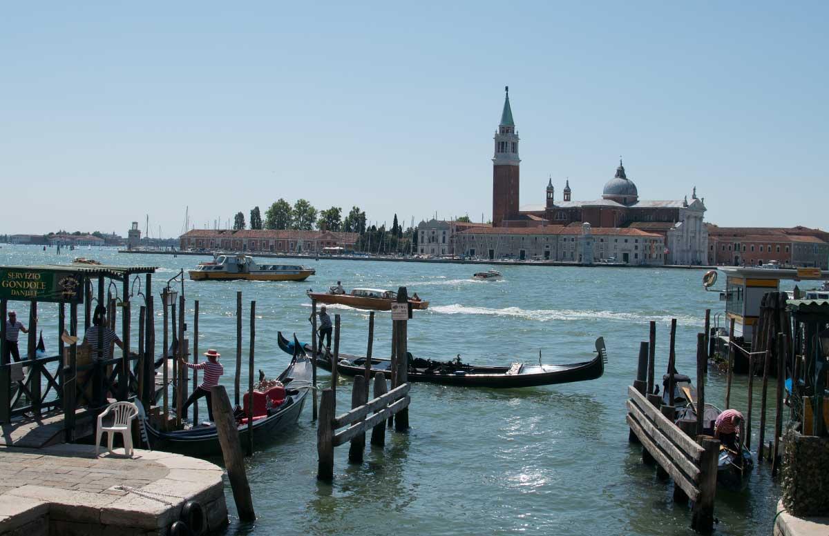 Ausflug nach Venedig und Cavallino gondel fahrt