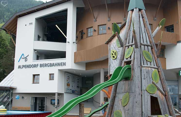 Ausflug-zum-Familien-Erlebnispark-am-Geisterberg-in-St.-Johann-Talstation