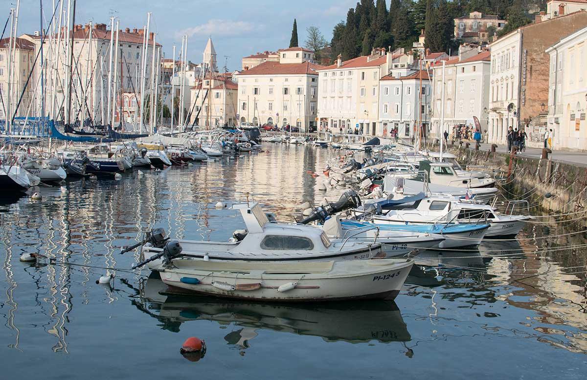 Ausflug-zum-Meer-Portorož-und-die-Altstadt-in-Piran-hafen