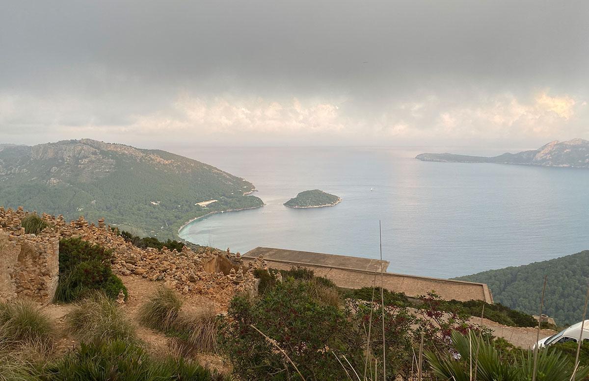 Ausflug-zur-schönsten-Bucht-in-Pollensa-aussicht-von-oben