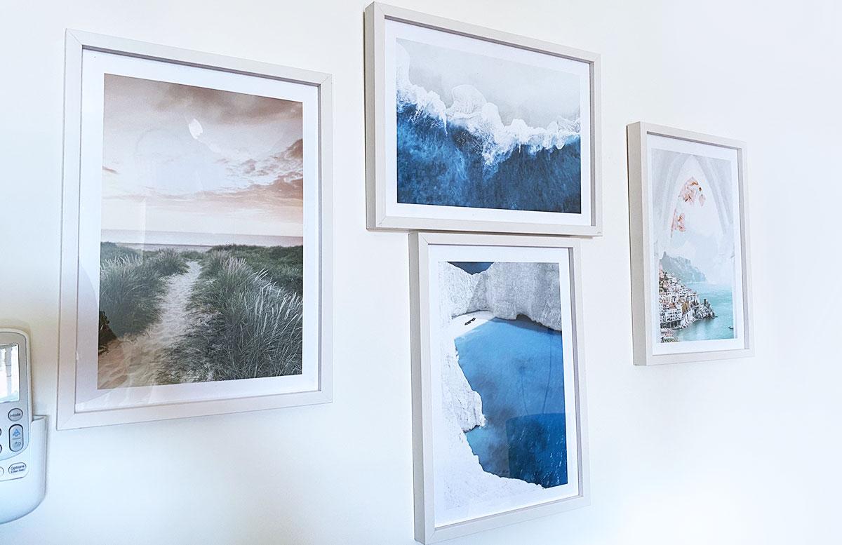 Bilderwand-Inspirationen-für-die-Wohnung-mit-Posterstore-bilder-im-gästezimmer