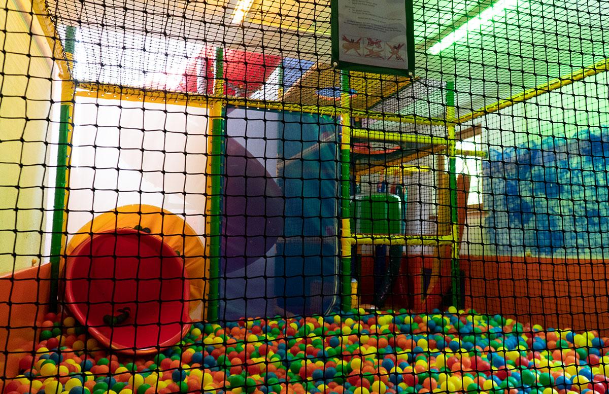 Bio-Kinderhotel-Benjamin-in-Malta-in-Kärnten-softplayanlage