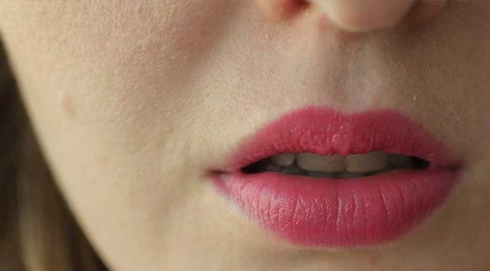 Blogparade-Beachparty-Look-lippenstift