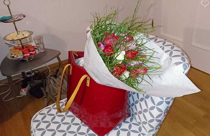 Bloomerei-Workshop-Blumen-binden-blumenstrauss-in-der-tasche