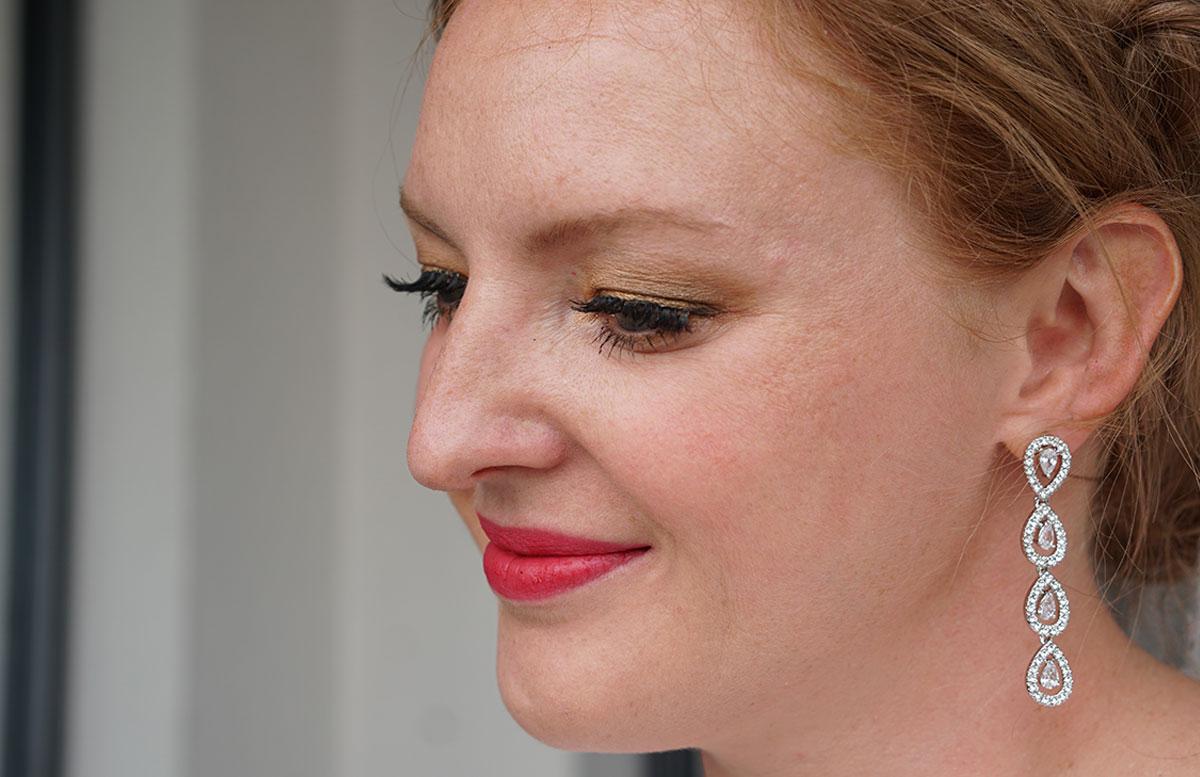 Brautstyling-Mein-Braut-Make-up-für-den-großen-Tag-DETAIL-seite