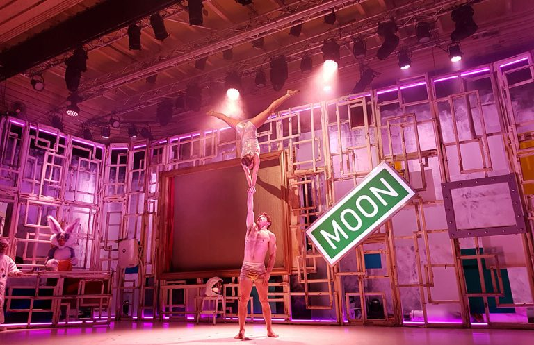 CHAMÄLEON New Circus Berlin – MEMORIES OF FOOLS