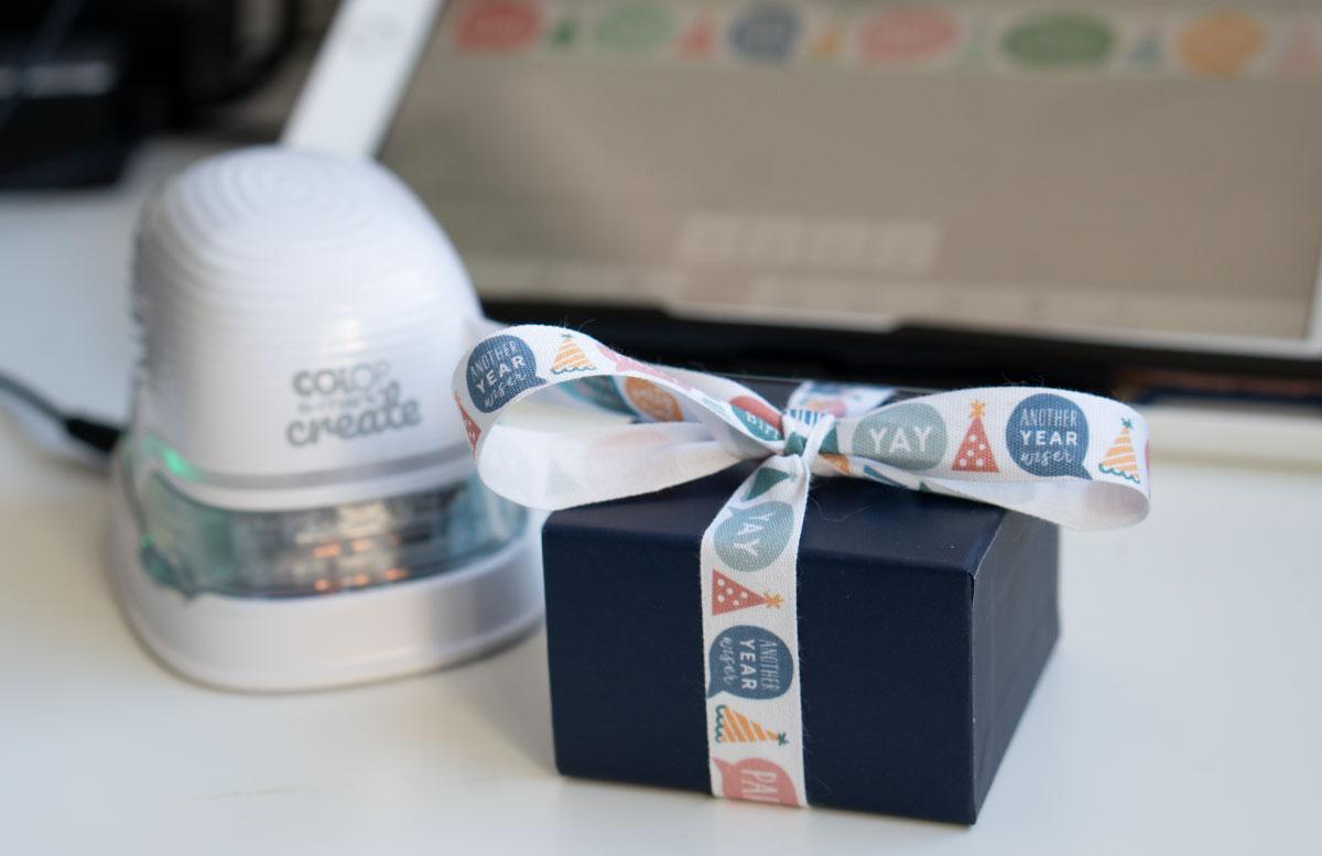 COLOP-e-mark-create-geschenkmasche