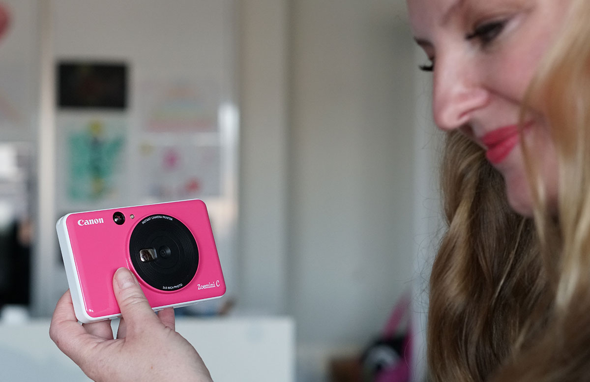 Canon-Zoemini-C-Gewinnspiel--Blogger-Adventkalender-vicky-und-kamer