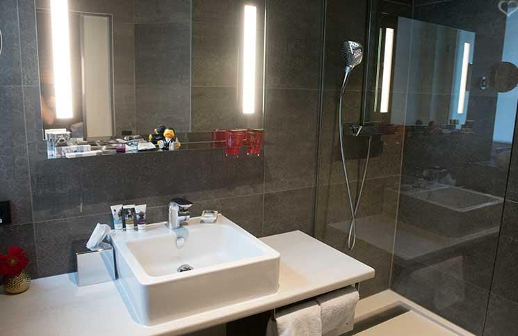 City-trip-nach-Wien-Therme-wien-hotel-mercure-badezimmer