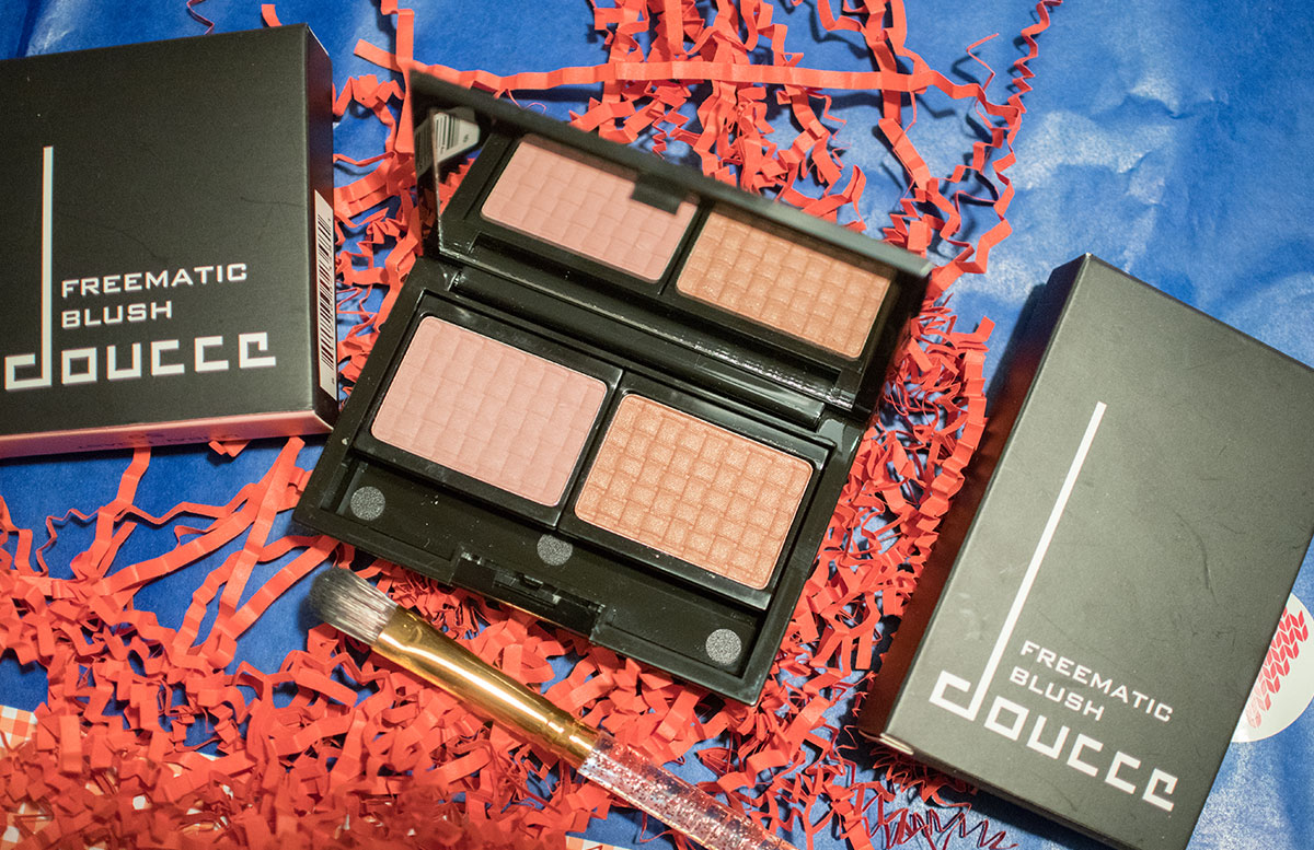 Cold days warm hearts Glossybox Dezember doucce blush