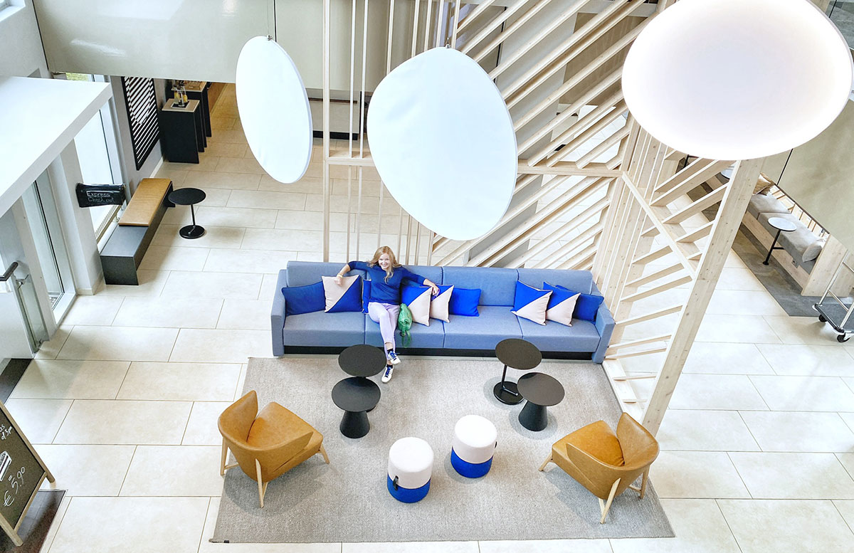 Courtyard-by-Marriott-Linz-lobby