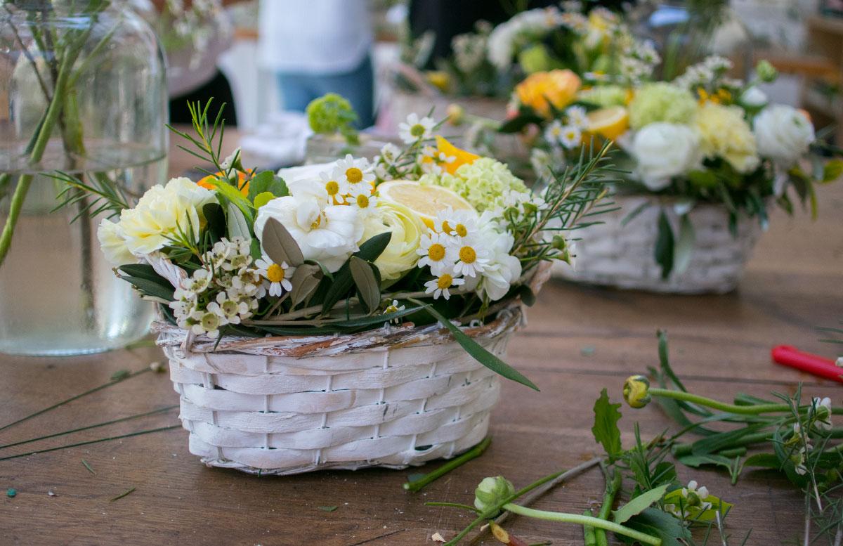 CraftTour Workshop Blumenkränze und Tisch Dekoration blumengesteck