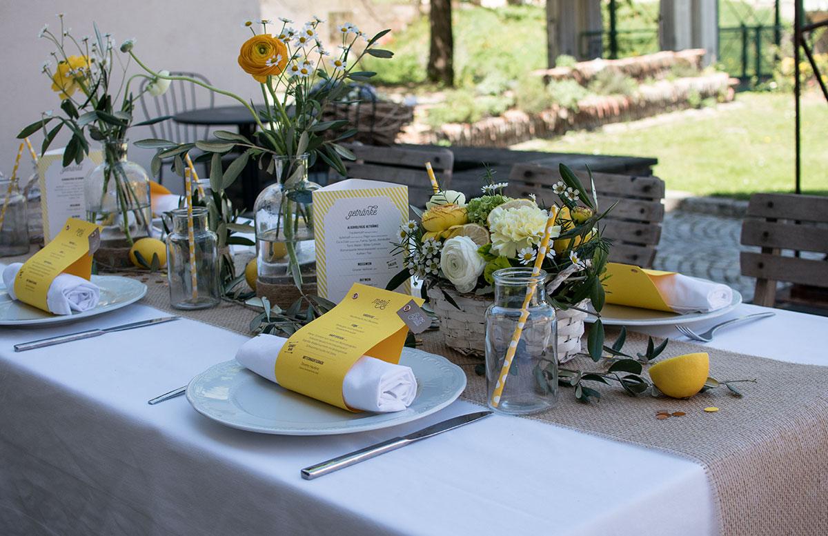CraftTour Workshop Blumenkränze und Tisch Dekoration langenlois bloggerevent tischdeko