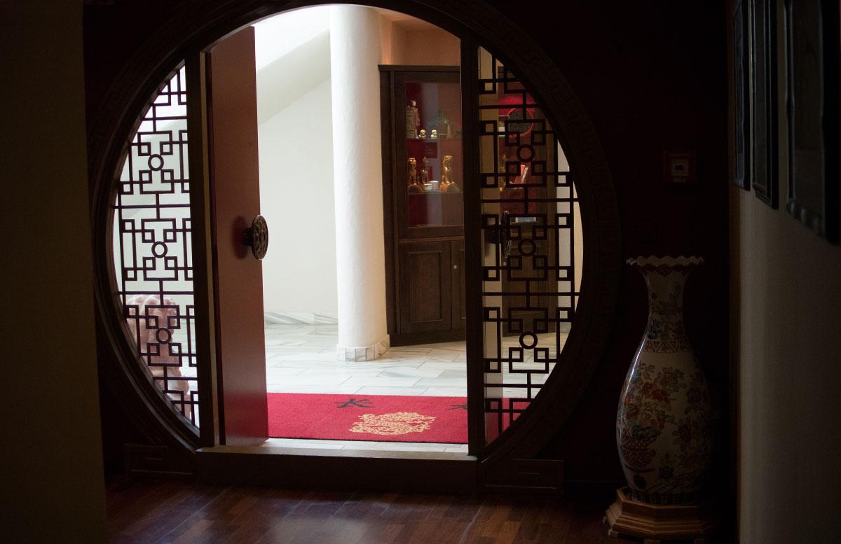 Das Hotel Hochschober auf der Turracher Höhe in Kärnten chinaturm eingang