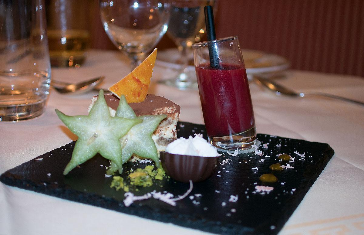 Das-Hotel-Hochschober-auf-der-Turracher-Höhe-in-Kärnten-essen-nachtisch