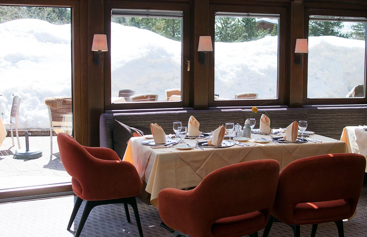 Das-Hotel-Hochschober-auf-der-Turracher-Höhe-in-Kärnten--sitzecke