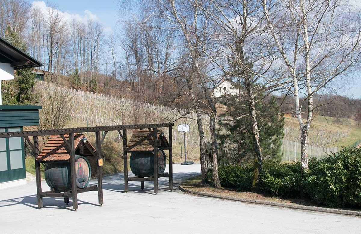 Das Kloster in Olimje und die Hirschfarm Jelenov Greben gasthaus amon