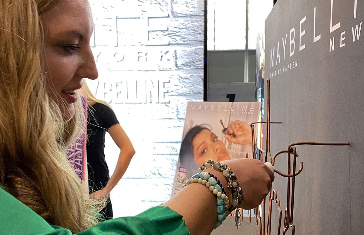 Das-war-die-Glow-in-Wien-Beautymesse-2020-bühne-MAYBELLINE