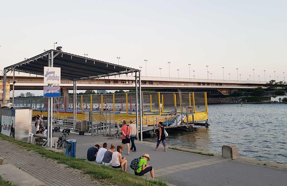 Der Copa Beach Urlaubsfeeling in Wien donau jumping