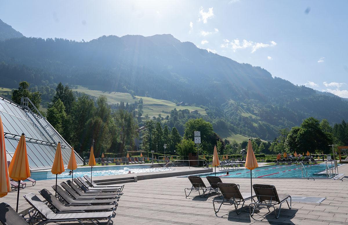 Der-Gasteiner-Heilstollen-und-die-Alpentherme-Gastein-alpentherme