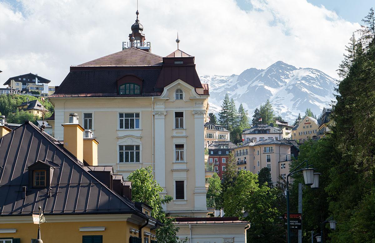 Der-Gasteiner-Heilstollen-und-die-Alpentherme-Gastein-bad-gastein