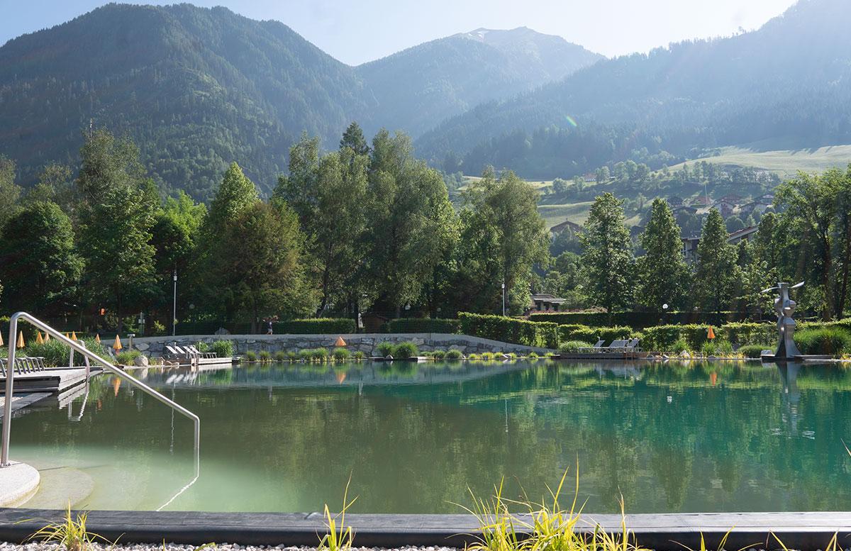 Der-Gasteiner-Heilstollen-und-die-Alpentherme-Gastein-see