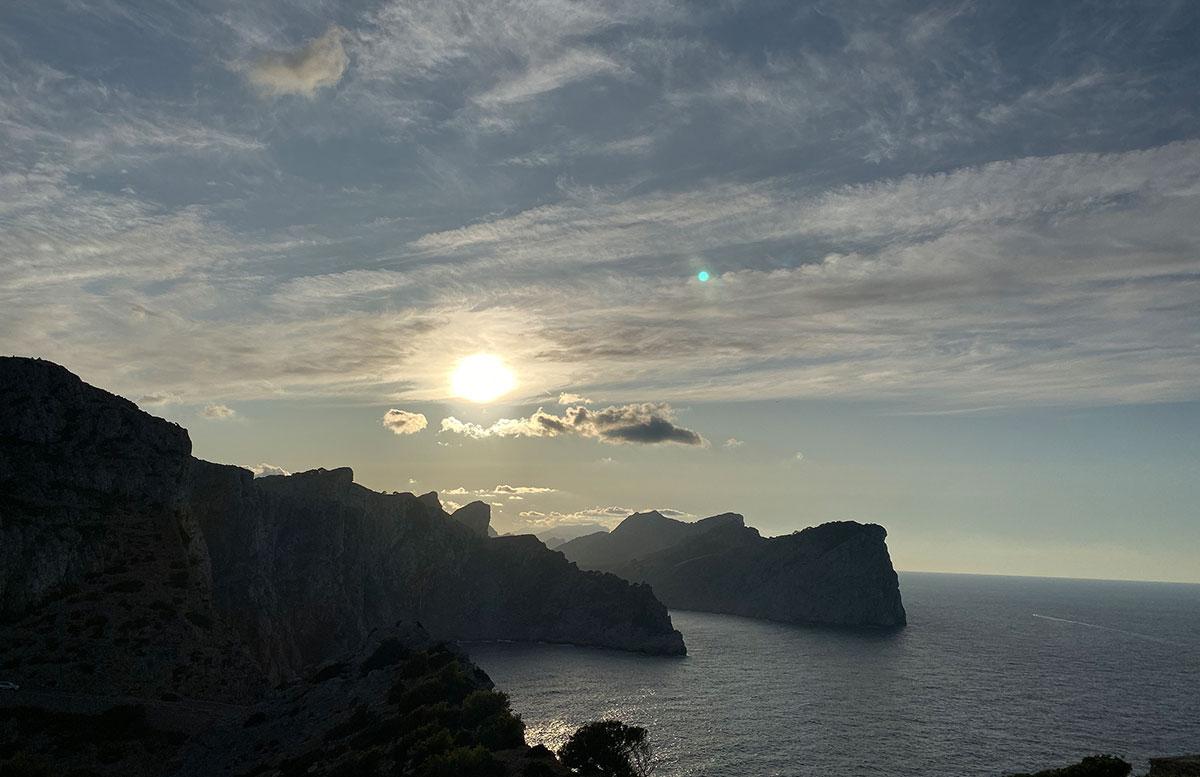 Der-goldene-Herbst-in-Mallorca-Ausflug-zum-Cap-Formentor-sonnenuntergang