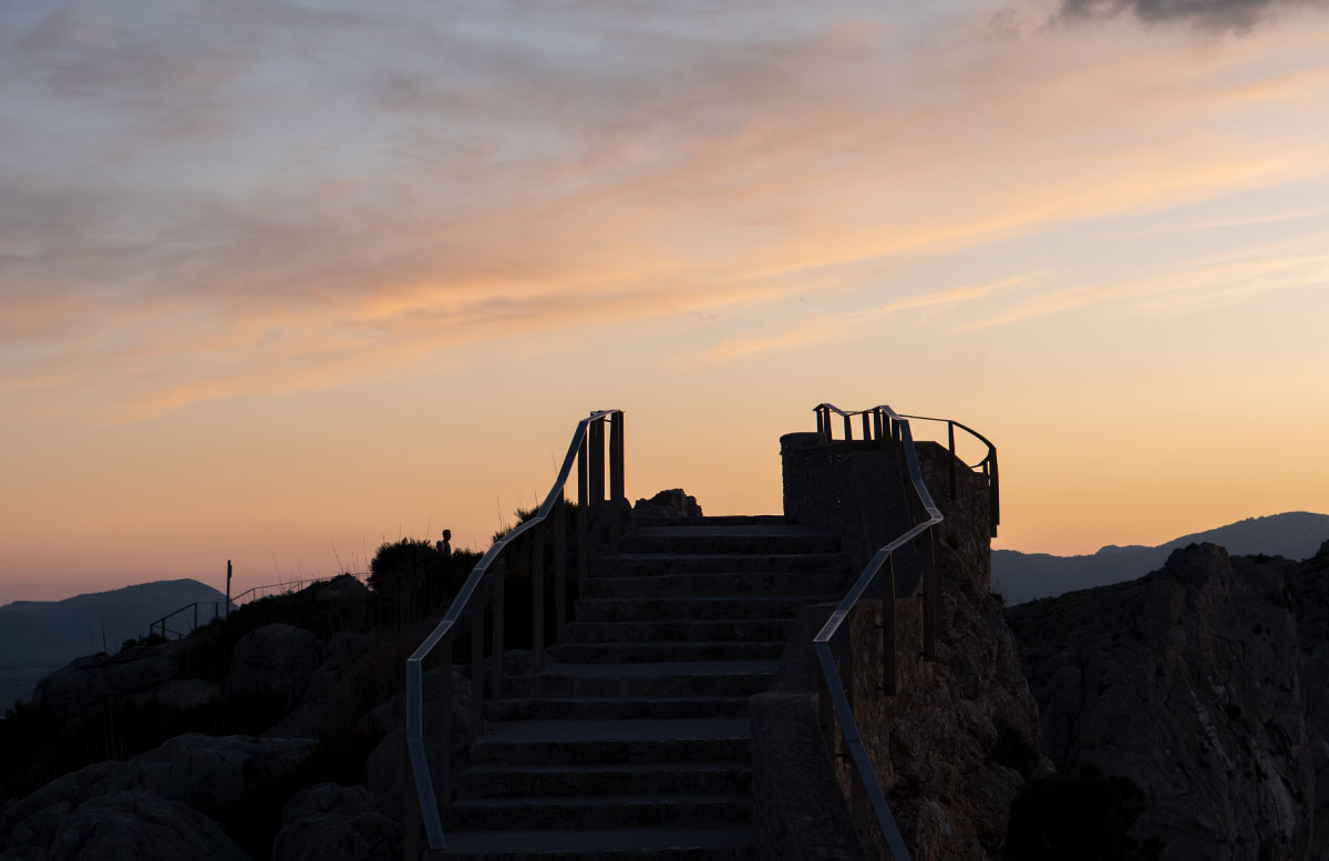 Der-goldene-Herbst-in-Mallorca-Ausflug-zum-Cap-Formentor-treppe