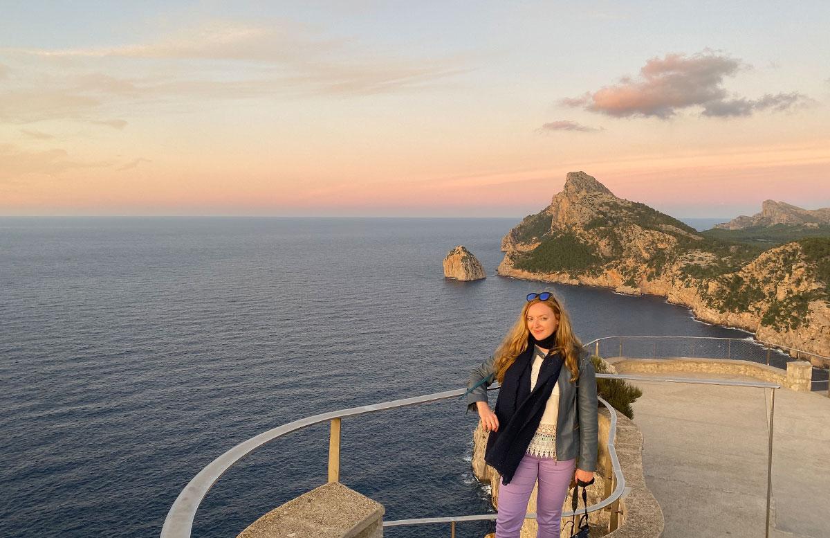 Der-goldene-Herbst-in-Mallorca-Ausflug-zum-Cap-Formentor-vicky-mit-hintergrund