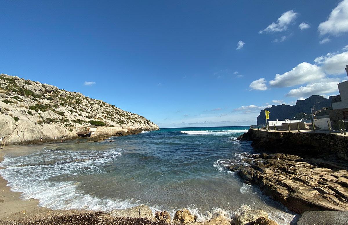 Der-goldene-Herbst-in-Mallorca-Aussicht-weitwinkel