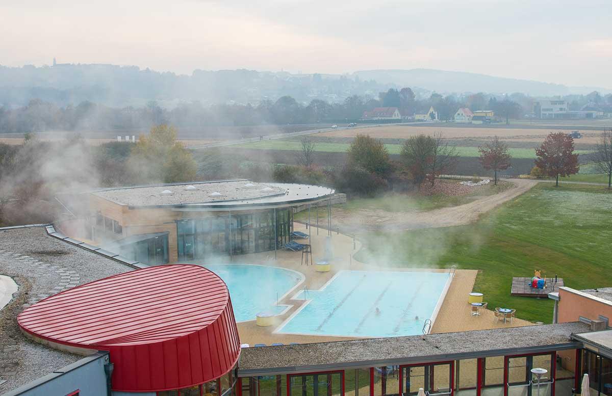 die-h2o-therme-und-hotel-in-bad-waltersdorf-aussicht-zimmer